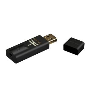 DragonFly Black es un USB DAC + Preamp + Amp para audífonos